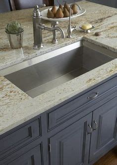 pictures of kitchens with gray cabinets choosing and combining countertops and backsplashes 9120