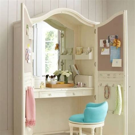 25 best ideas about built in vanity on