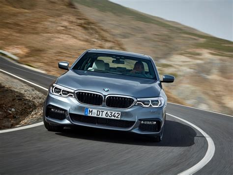 2017 Bmw 5 Series Features, Photos  Business Insider