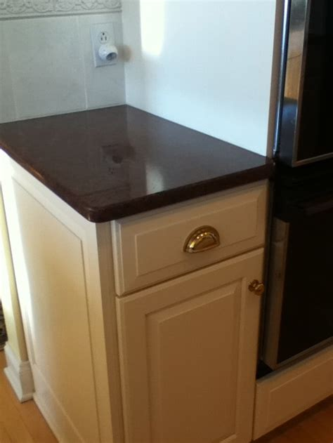 what color countertops with white cabinets what paint colors for walls go with imperial red granite