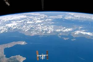NASA Visible Earth: International Space Station from Space ...