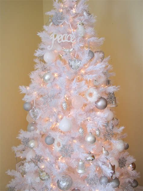 white christmas tree pictures photos