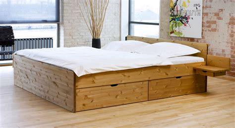 Holzbett Einzelbett Bett Tim Kiefer Massiv Natur Lackiert