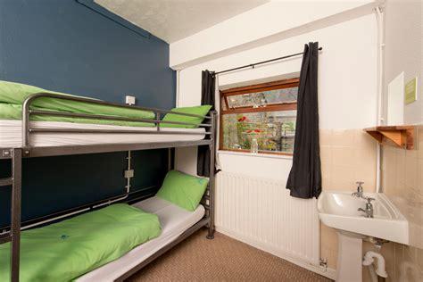 yha hathersage large hostel accommodation  hope valley