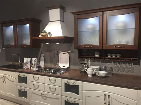 Kitchen Glass Cupboards by Glass Kitchen Cabinet Doors And The Styles That They Work