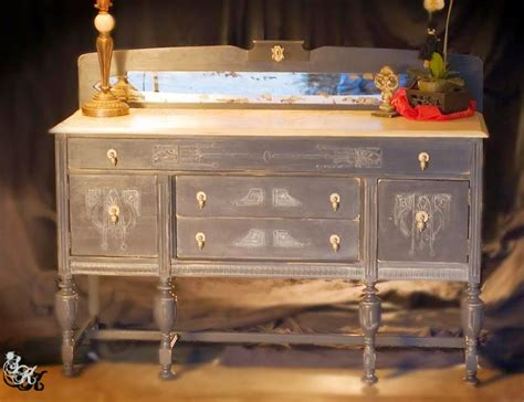 Diy Sideboard by Diy 1920 S Buffet Makeover Reader Feature The Graphics