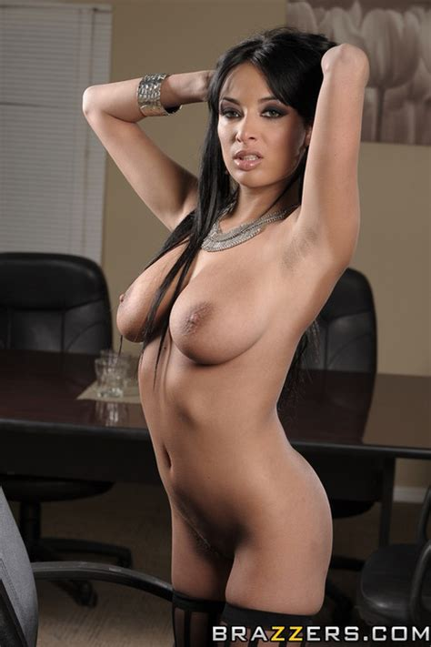 Sexy And Hot Secretary Banged In The Office Photos Anissa