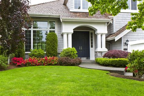 23 Pictures of Beautifully Landscaped Front Yards - Page 4 ...