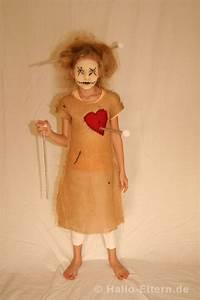 Halloween Make Up Puppe : die lebendige voodoo puppe f r halloween so einfach ist sie selbstgemacht halloween ideen ~ Frokenaadalensverden.com Haus und Dekorationen