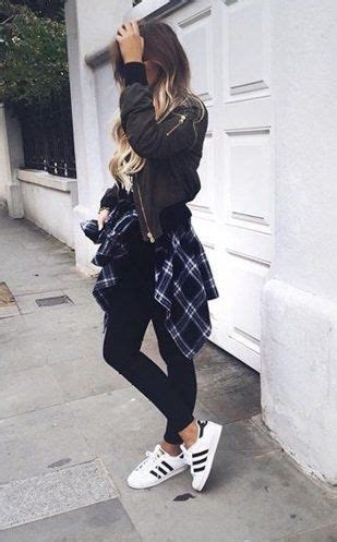 Best 25+ Adidas superstar outfit ideas on Pinterest   Superstar outfit Black adidas superstar ...