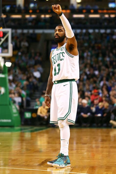 kyrie irving nike kyrie  greengold pe sole collector