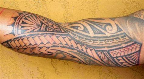 tatouage avant bras tribal maori coude biceps files bandes