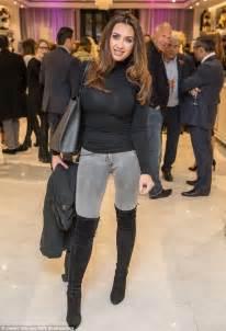 Lauren Goodger displays slimmed-down figure at Boux Avenue