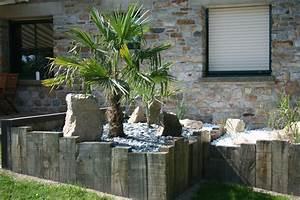 amenagement d39une terrasse bois composite et ardoise With superior idee deco jardin contemporain 4 bac en palis ardoise avec olivier contemporain jardin