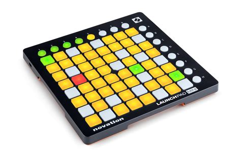 diskon novation launchpad mini mk2 launchpad mini mk2 product photography novationmusic