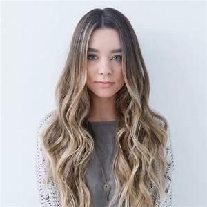 Balayage Cheveux Frisés : balayage blond ou caramel pour vos cheveux ch tains ~ Farleysfitness.com Idées de Décoration