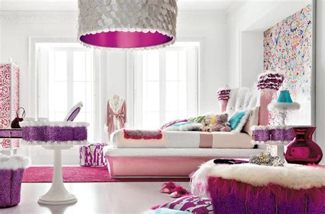 Girls Bedroom : Charming And Opulent Pink Girls Room