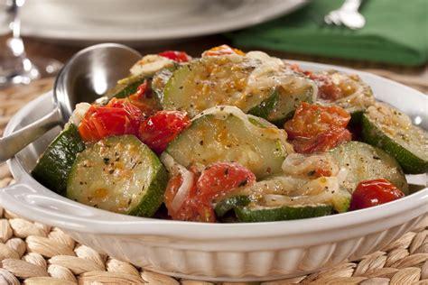 Italian-Style Zucchini with Tomatoes ...
