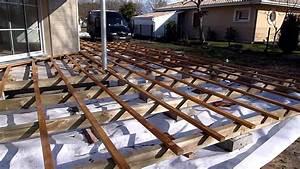 Installer Une Terrasse En Bois : structure terrasse bois en ip et terrasse fini youtube ~ Farleysfitness.com Idées de Décoration