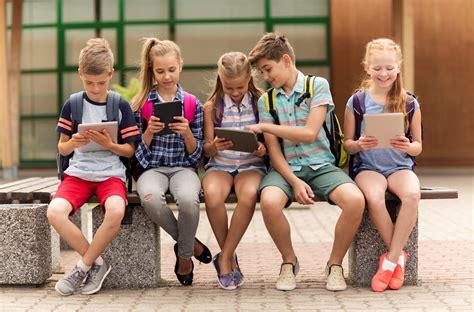 Digitālā paaudze - komentē bērnu psihoterapeite Maija ...