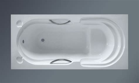 How Wide Is A Standard Tub by Wide Bathtubs