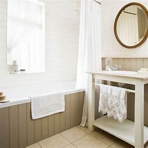 Bathroom 1930s house tour 25 beautiful homes for 1930 bathroom style