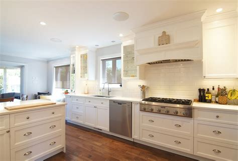 armoire de cuisine boucherville rénovation cuisine et conception de mobilier sur mesure