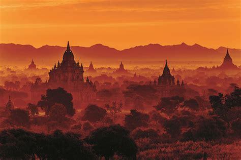 bagan sunset cruise river myanmar asia irrawaddy archaeological zone cruises expert international amawaterways advice lines choosing tips husband