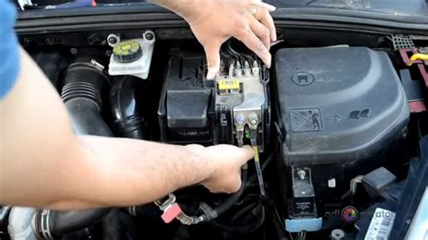 remove battery  replace  peugeot