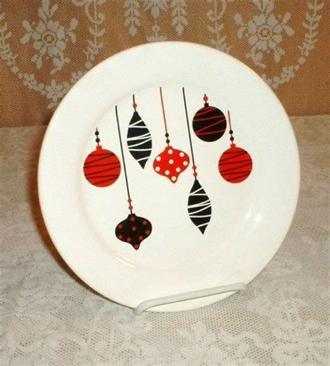 ideas for christmas plate designs sharpie plates diy sharpie plates plates crafts