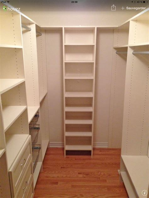 Small Room Walk In Closet by Walk In Rangement Walk In Closet Small Closet Layout