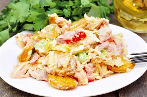 Svaigi salāti ar vistu un kā tos pagatavot ne tikai ...
