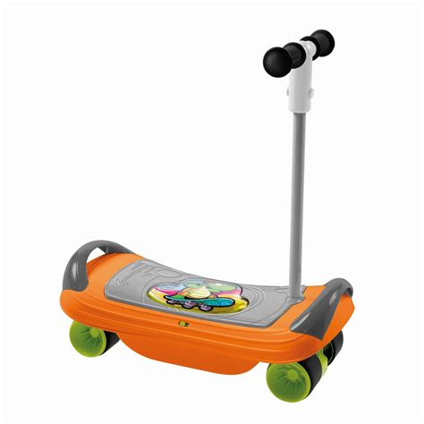 chaise chicco 3 en 1 chicco 3in1 skateboard 2016 buy at kidsroom toys