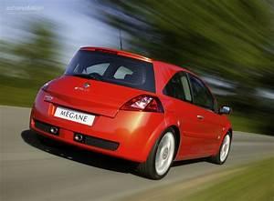 Megane 2005 : renault megane rs coupe 2004 2005 2006 autoevolution ~ Gottalentnigeria.com Avis de Voitures