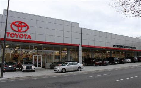 Toyota Car Dealership by Central City Toyota In Philadelphia Pa 4800 Chestnut St