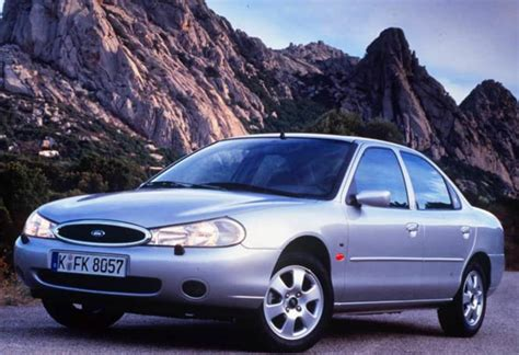 ford mondeo  amazing photo gallery  information