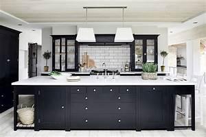 Modele Cuisine En L : 12 plans pour une cuisine familiale marie claire ~ Teatrodelosmanantiales.com Idées de Décoration