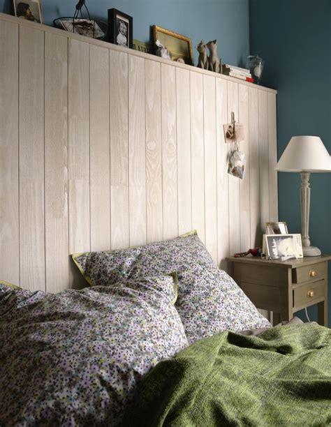 chambre avec lambris bois lambris mural bois chambre adulte design de maison