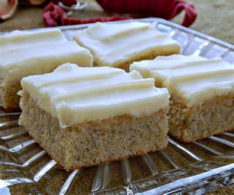 banana sheet cake frugal hausfrau