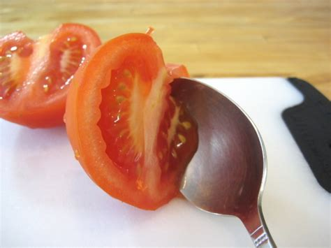 how to seed a tomato how to seed a tomato