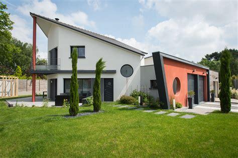 construction maison moderne prix cuisine maison toit en pente toit plat toit terasse avantages construction maison contemporaine