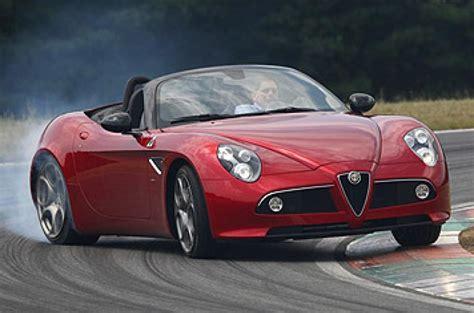 Alfa Romeo 8c Spider Review