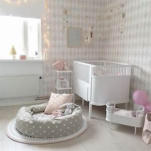 Wolken In Rose : chambre b b fille rose et grise id es d co ~ Orissabook.com Haus und Dekorationen