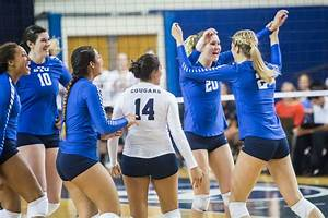 Women's volleyball continues winning streak - The Daily ...