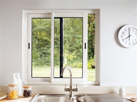 fenetre cuisine coulissante fenetre coulissante sur mesure fenêtres aluminium
