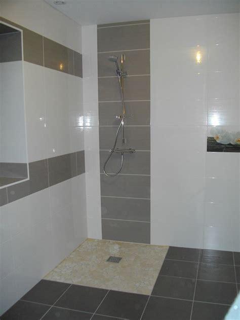 Carrelage salle de bain pas cher