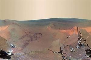 Nasa's Mars probe spots evidence of ancient lake - Livemint