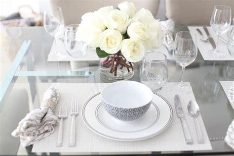 black  white table setting  white roses