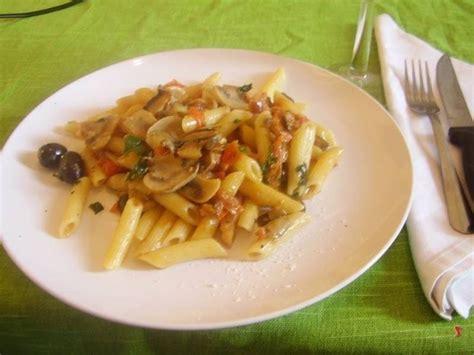 Funghi Chiodini Come Si Cucinano by Penne Alla Boscaiola Pennette Pasta Alla Boscaiola