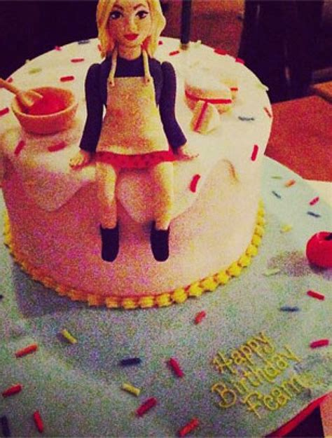 Celebrity Birthday Cakes  Fearne Cotton's Birthday Cake